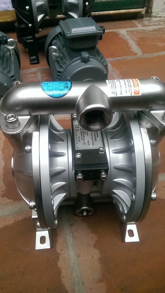 may-bom-mang-inox-2